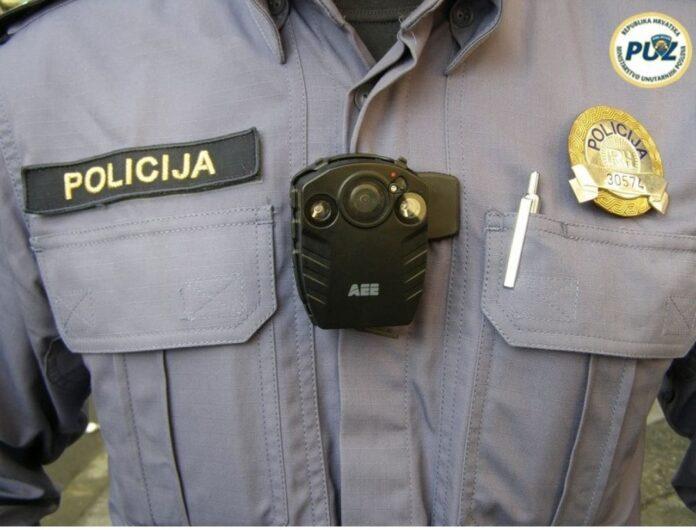 Što ćeš napraviti policajcu ako te i snima