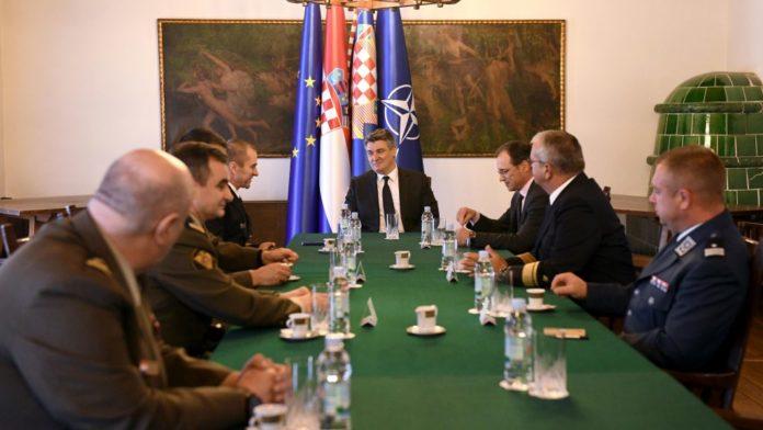 Predsjednik Republike održao sastanak s predstavnicima OS RH