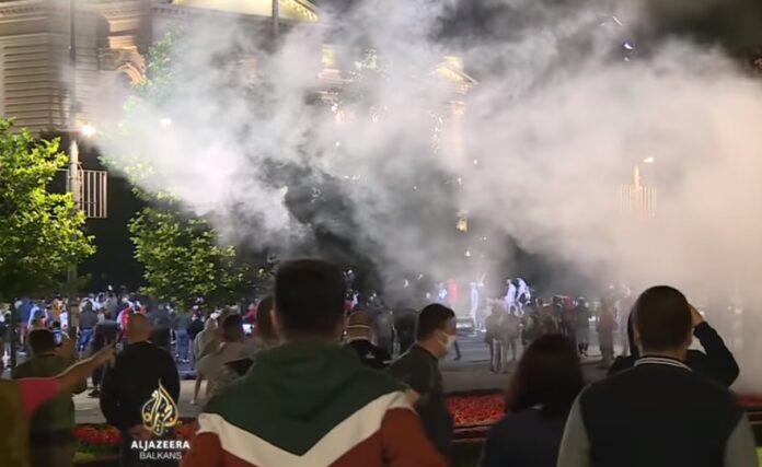 Protesti i neredi u Beogradu