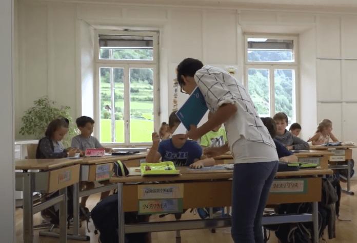 Dolazi riskantno razdoblje za Europu koja otvara škole