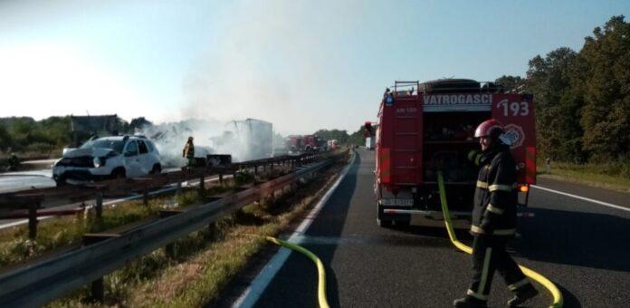 Vatrogasci demantiraju kašnjenje