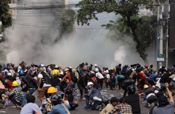Mjanmar: Policija ubila devet osoba tijekom prosvjeda