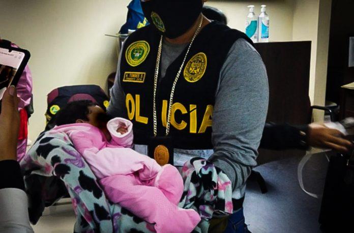 Peru: Roditelji uhićeni zbog seksualnog zlostavljanja i prodaje slika bebe