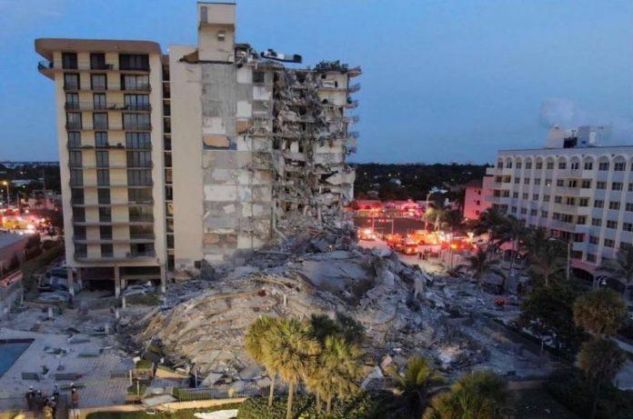 Deseci nestalih nakon urušavanja stambenog kompleksa u Miamiju