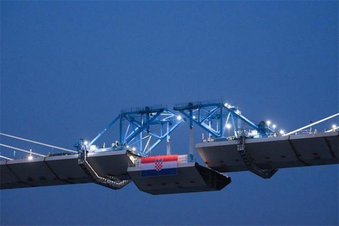 Spojen posljednji segment konstrukcije Pelješkog mosta