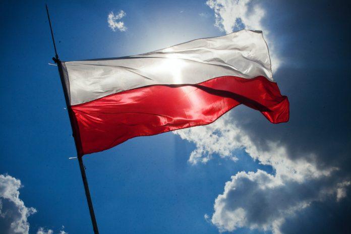 Poljska uslijed naleta migranata zatražila izvanredno stanje na granici s Bjelorusijom